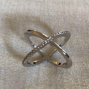 Jewelry - 925 Sterling Silver Criss Cross Diamond Ring